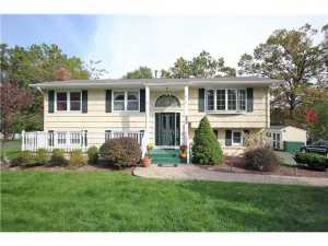 Pearl River mother daughter home in rockland county real estate market