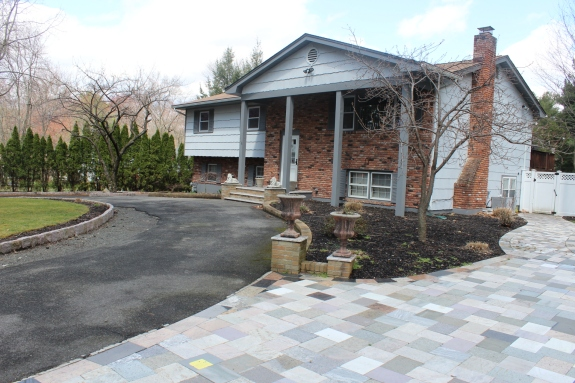 Mother Daughter homes Rockland County real estate